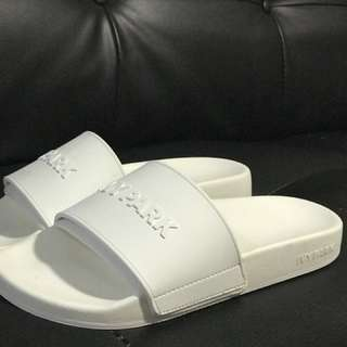 IVY PARK WHITE SLIDES 8.5/9 US