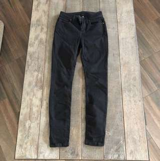 BLACK JEANS | Size 6