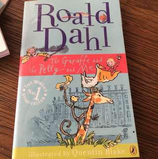 Roald Dahl the giraffe, Pelly and me