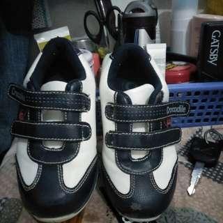 sepatu size 23
