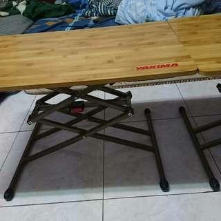 yakima 三段式木桌子