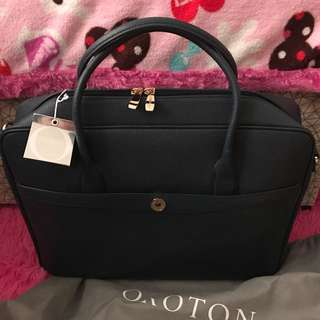 Authentic Oroton briefcase 💼 for work
