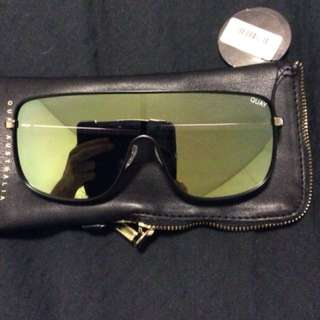 Kylie unbothered sunglasses never worn, brand new with tags