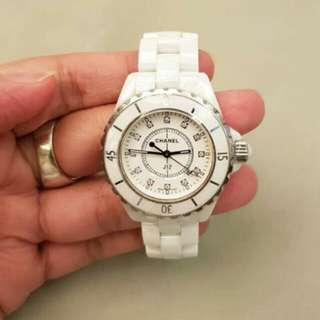 jam tangan Chanel ceramic watch