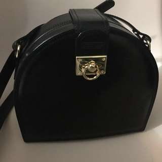 Satchi Club classic leather handbag 絕版真皮