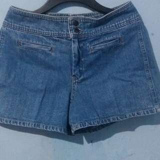 Gap Highwaist Short