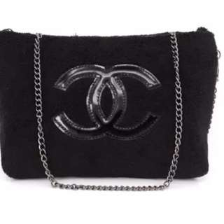 Chanel gift bag ( new and packing)