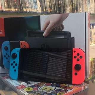 二手新淨水貨Switch 紅藍色