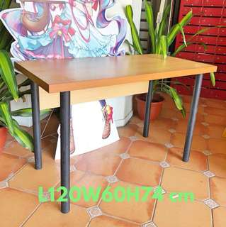 Wooden table@ can be dismantled
