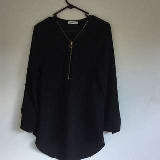 Valleygirl black long sleeve