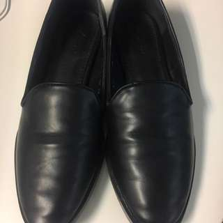 Black leather work flats / loafers - 8