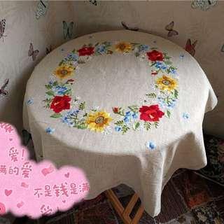 雙面繡花 桌巾 107*110 大正方形 棉麻材質 買錯尺寸 下水洗過 不會縮水 107*110 沒有使用過