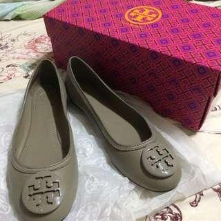 Tory Burch娃娃鞋