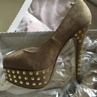 High Heel Shoes (Putty micro)