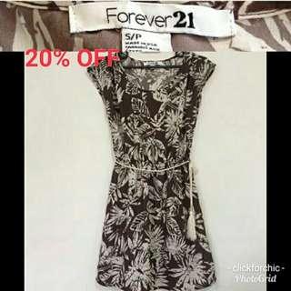 SALE! FOREVER 21 Floral Dress