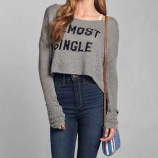 Abercrombie & Fitch  grey shorts cold shoulder sexy knitted sweater AF短身寬鬆款冷衫毛衣針織