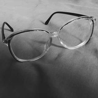 Vintage Frame Kacamata Limited edition