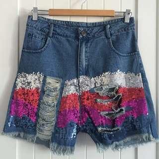 *NEW* highwaisted ripped denim shorts