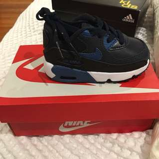 Kids Nike air max 90 size 5