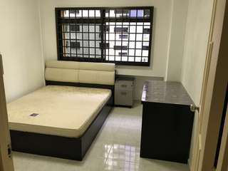 Common room for rent near Pioneer MRT & NTU, No Agent, Furnished