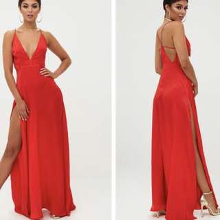 Pretty Little Thing Red Extreme Split Maxi Dress