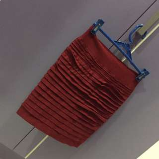 GET 3 PENCIL SKIRTS FOR 275php!!!
