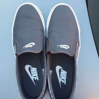 Slip On Nike Shoes