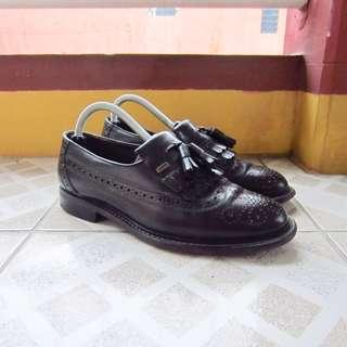 Clarks Wingtip Tassel Loafers