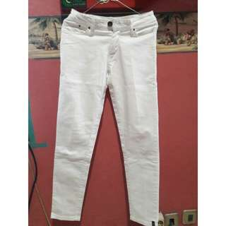 [PRELOVED] Celana Jeans Putih