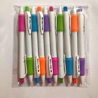 Pens blue ink 0.7mm