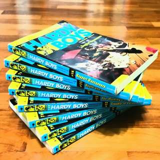 Book Set: The Hardy Boys