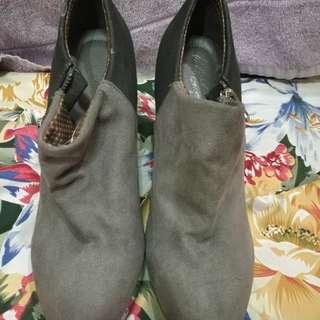 Payless Deflex Comfort boots