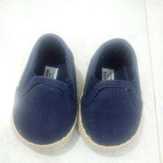 Sepatu Newbron