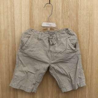 H&M 夏季男童裝卡其色短褲 2Y 3Y 4Y