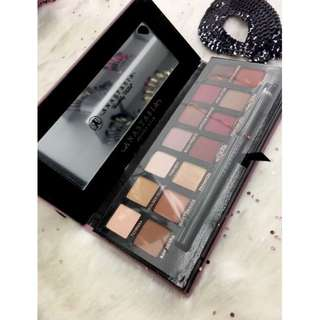 Anastasia Beverly Hills Modern Renaissance Eyeshadow Palette NEW + AUTH (PRICE IS FIRM)