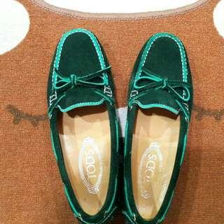 Boleh nego!!  Sepatu tods loafer rplika high quality orleth  preloved 90persen
