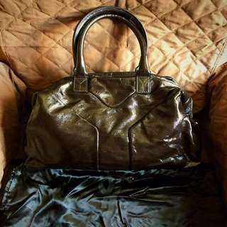 YSL Easy Boston Bag In Patent Brown Leather