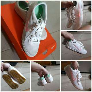 Auth Nike Sneakers