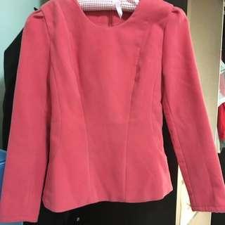 🚚 粉紅挺版上衣