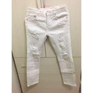 🚚 韓國白色刷破牛仔褲
