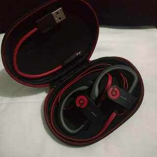 Powerbeats 2 Wireless Earphones