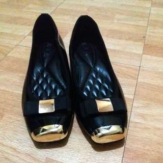 Office shoes size 9 (2inch wedge heels)
