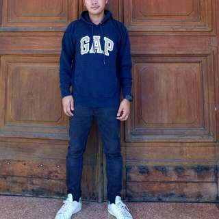 AUTHENTIC GAP PULL OVER HOODIE
