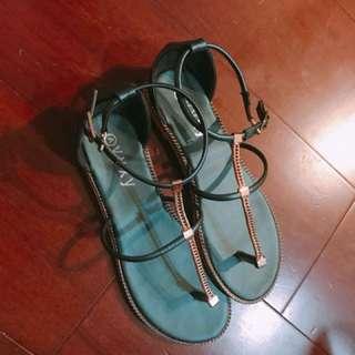 超美的墨綠色金屬人字涼鞋