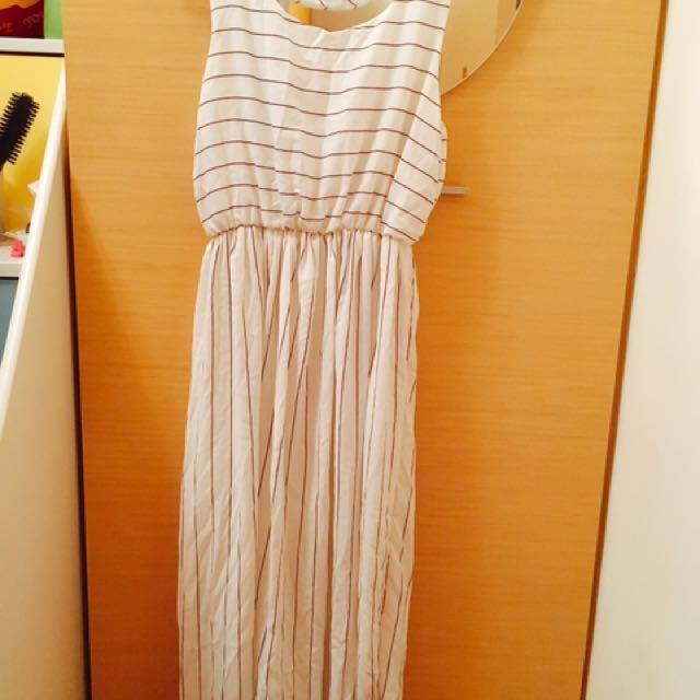 白色條紋長洋裝