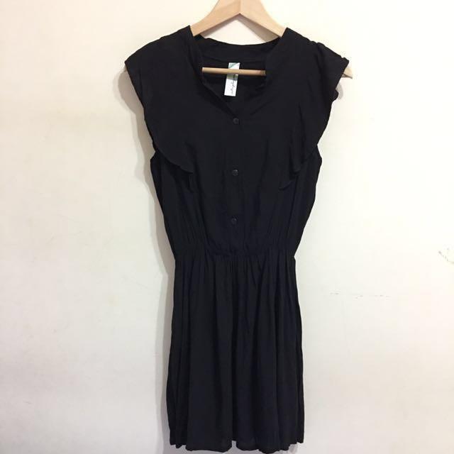 黑色排扣荷葉無袖縮腰棉麻洋裝 #我的女裝可超取