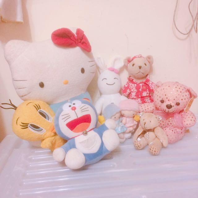 玩偶娃娃們 Hello kitty 多啦a夢 月光仙子 粉紅亮片熊 麥當勞熊  #我的家飾可超取