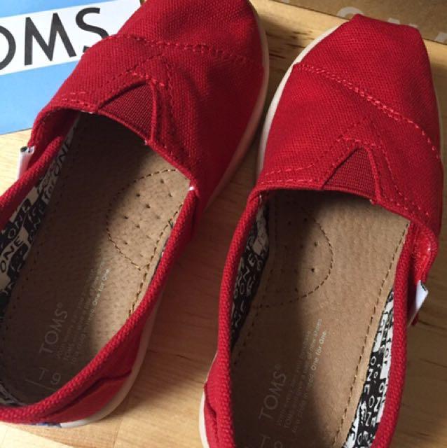 正版美國 TOMS 經典款紅色童鞋 兒童帆布鞋 classic red