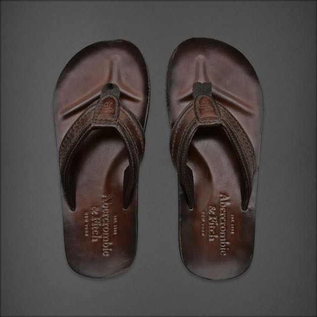 71034cd0077b9 Abercrombie   Fitch Leather Flip Flops BNWT