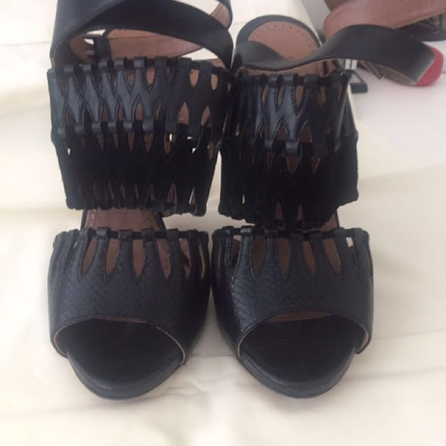 ALAIA leather heels with dust bags and box all ORIGINAL NEGOTIABLE ON PRICE FOR QUICK SALE